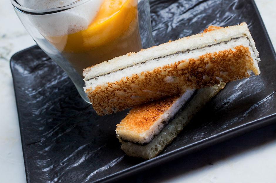 la royale de foie gras de canard chefs d 39 oc. Black Bedroom Furniture Sets. Home Design Ideas